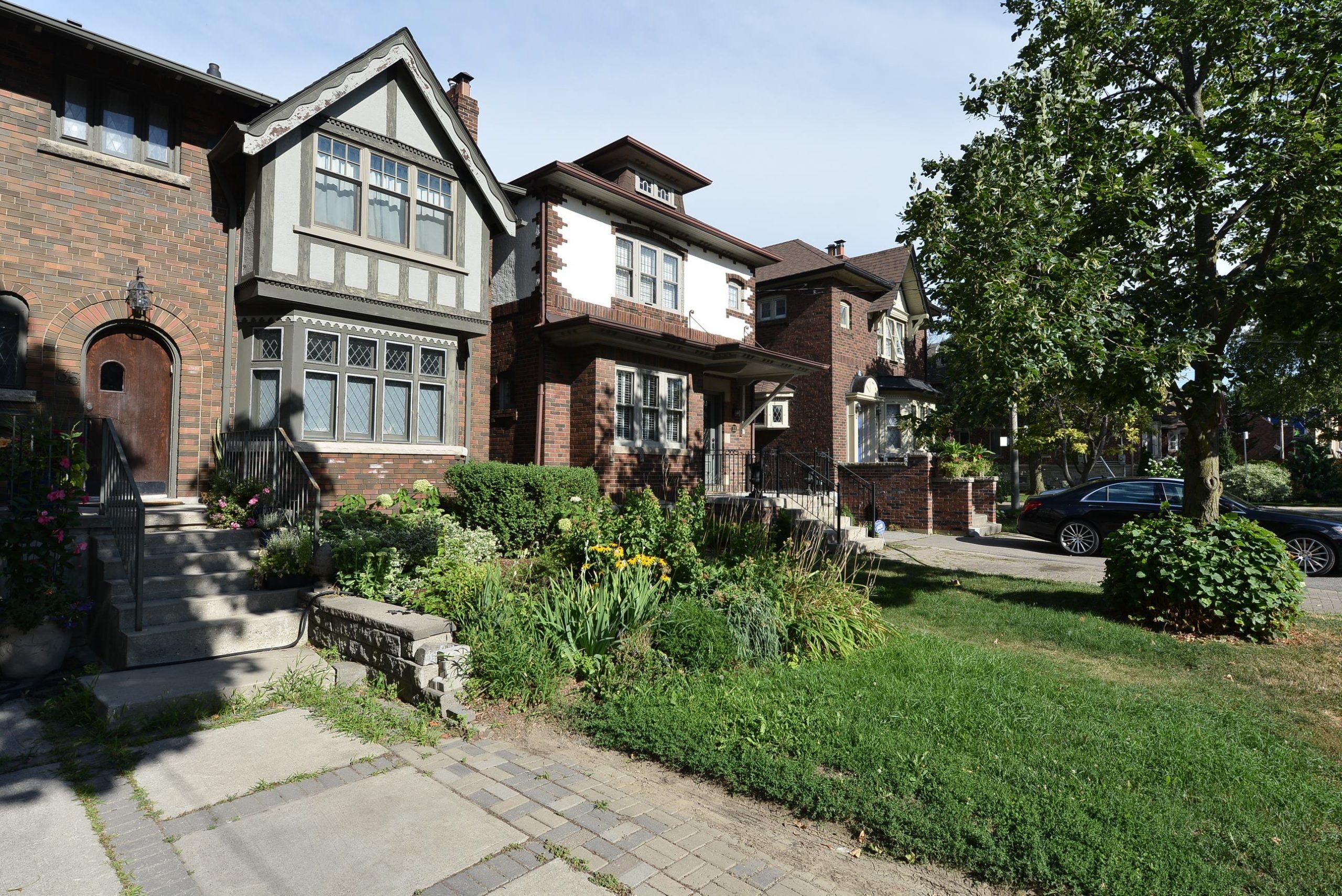 Allenby, Toronto Real Estate