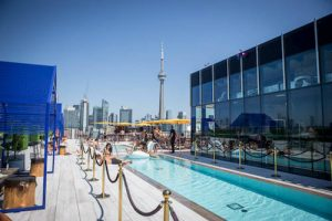 Lavelle rooftop pool